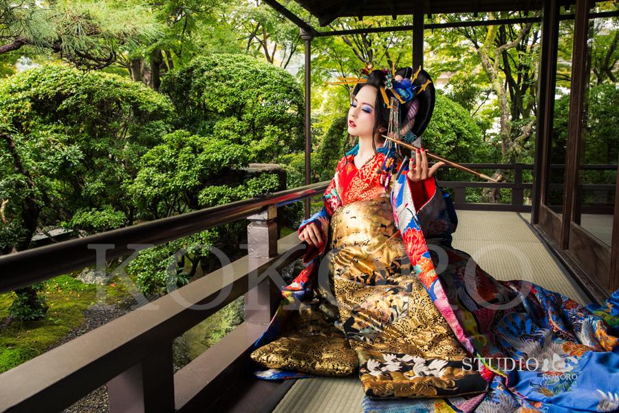 京都 花魁 体験 写真 カメラ 撮影 紅葉 旅行 観光 嵐山 化粧 ヘアメイク